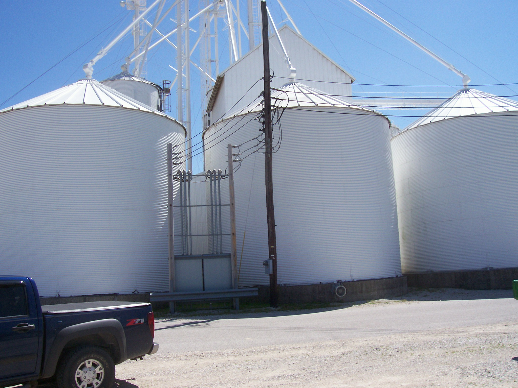 CJC painting equipment and agriculture white bins